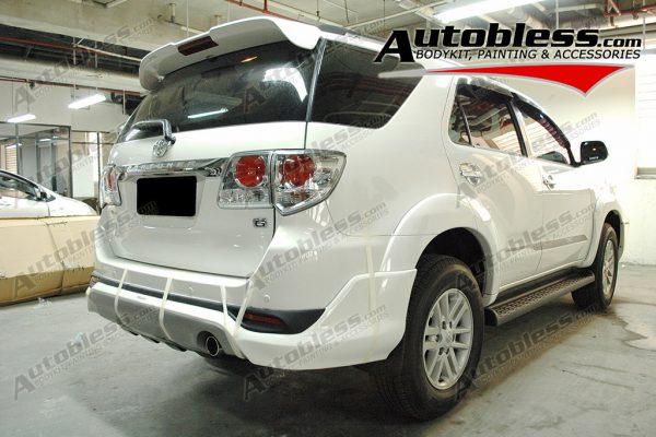 Wing Spoiler Toyota Grand Fortuner TRD – Plastik ABS (ORI)