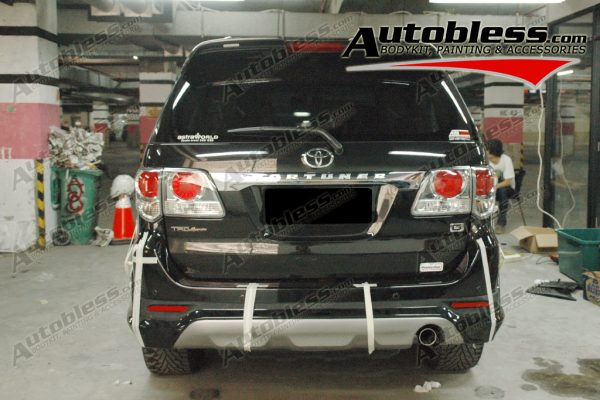 Bodykit Toyota Grand Fortuner TRD – Plastic ABS (Grade A)