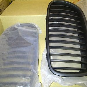 Grille BMW F10 Sport – Plastik ABS (Grade S) Import Taiwan
