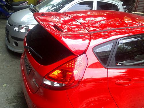 Wing Spoiler Ford Fiesta Sporty – FRP